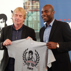Belgian legend signs for Fare