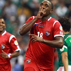 Panamanian player abandons match after racist chants in Peru