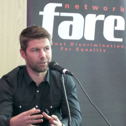 Thomas Hitzlsperger joins Fare panel discussion to address homophobia in football