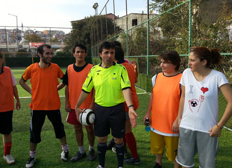 At the centre, the former Turkish referee Halil Ibrahim Dincdag